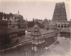 General view of the Shiva Temple, Tiruvadi